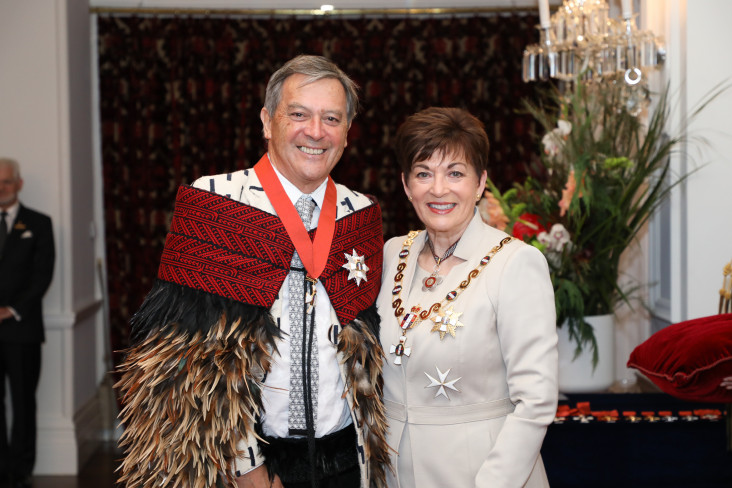 Rt Hon Dame Patsy Reddy, Governor-General of New Zealand, investing Sir Ian Taylor