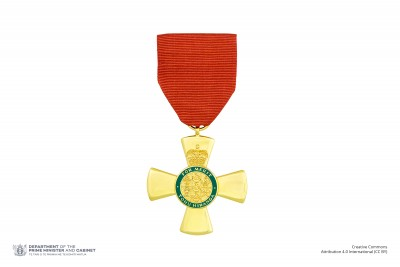 Insignia of an Officer of the New Zealand Order of Merit